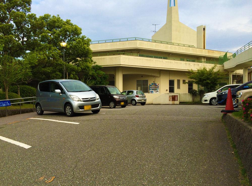 城北児童館駐車場
