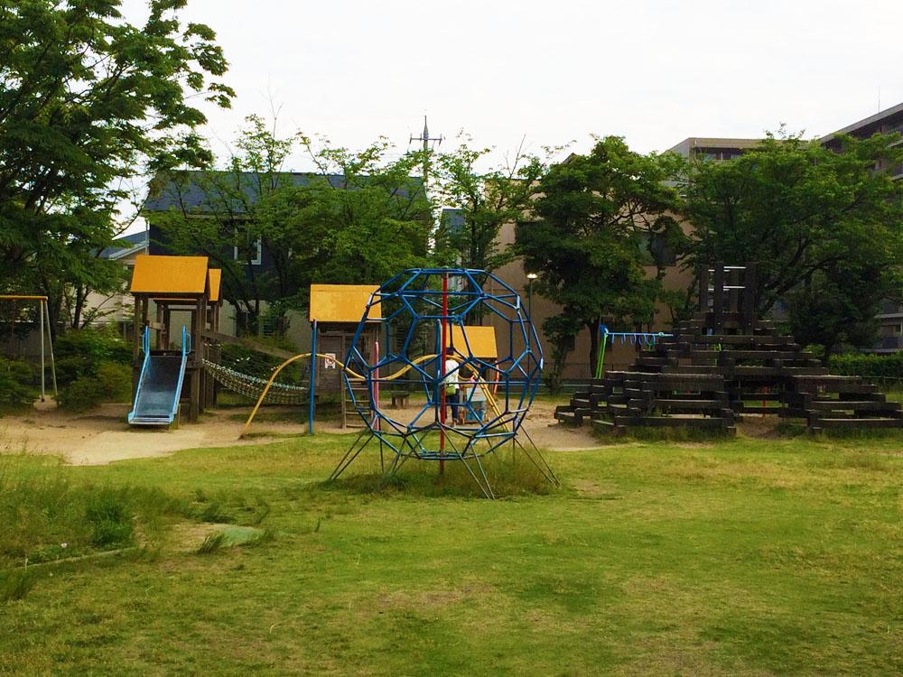 城北児童館屋外遊具