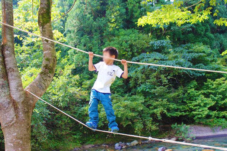 いしかわキャンプフェスティバルのロープ橋
