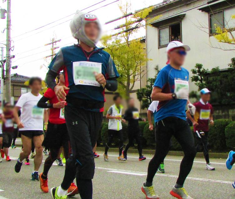 メタルスライム金沢マラソンコスプレランナー