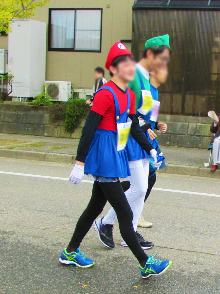 マリオ?金沢マラソンコスプレランナー