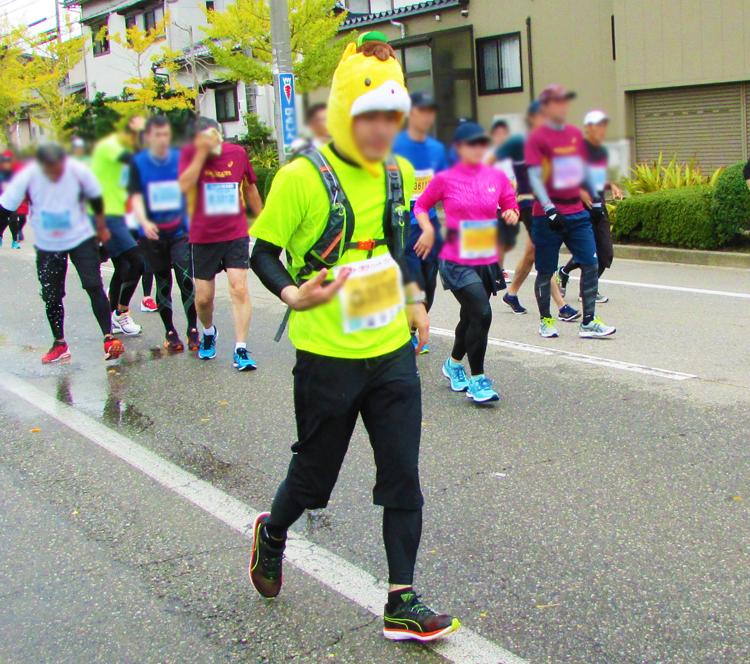 ぐんま?金沢マラソンコスプレランナー