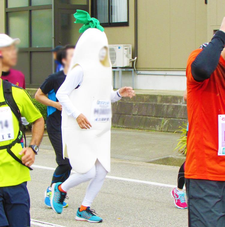 ダイコン金沢マラソンコスプレランナー