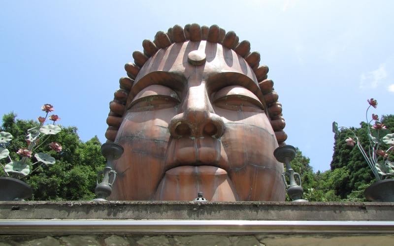 ハニベ巌窟院のハニベ大仏