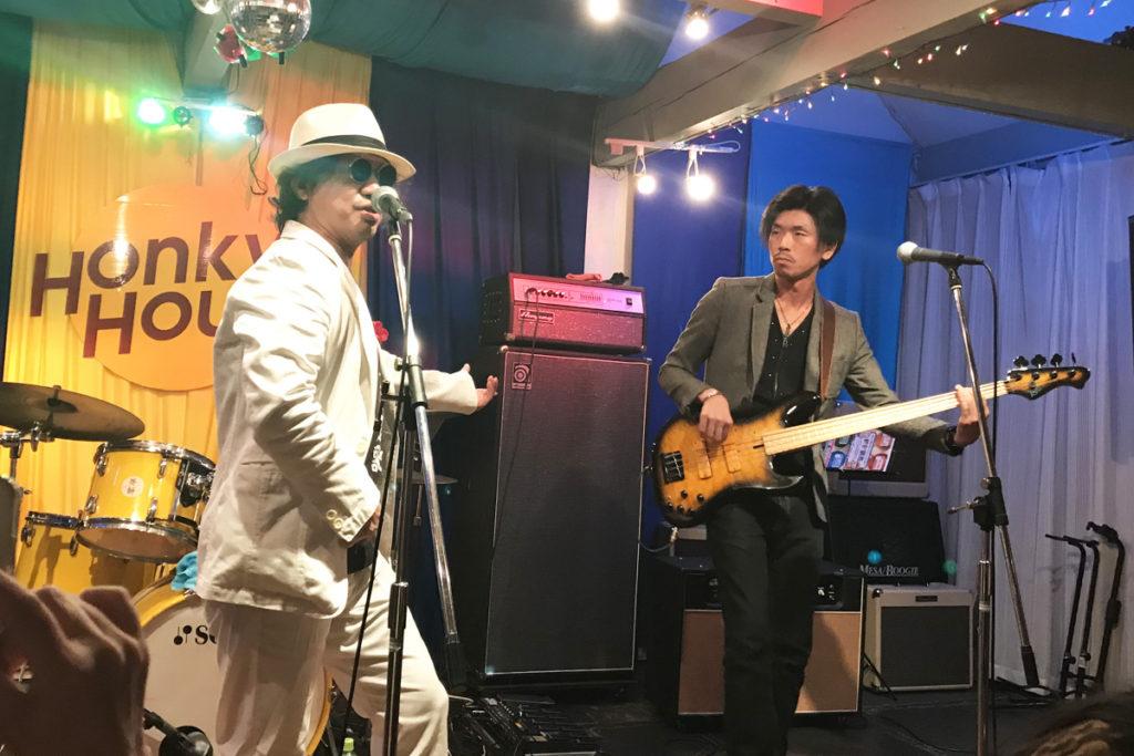 金沢最強変態紳士バンド「四面楚歌」